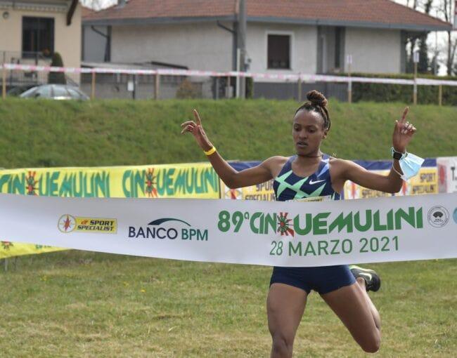 Primo posto per Gemechu nella competizione femminile, Cinque Mulini 2021