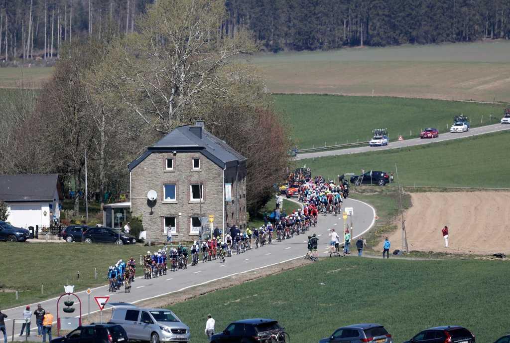 Il gruppo in alcune fasi di corsa.