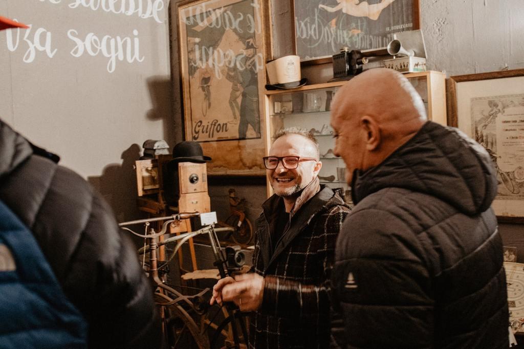 Pierluigi Farè nel suo museo Ciclocollection